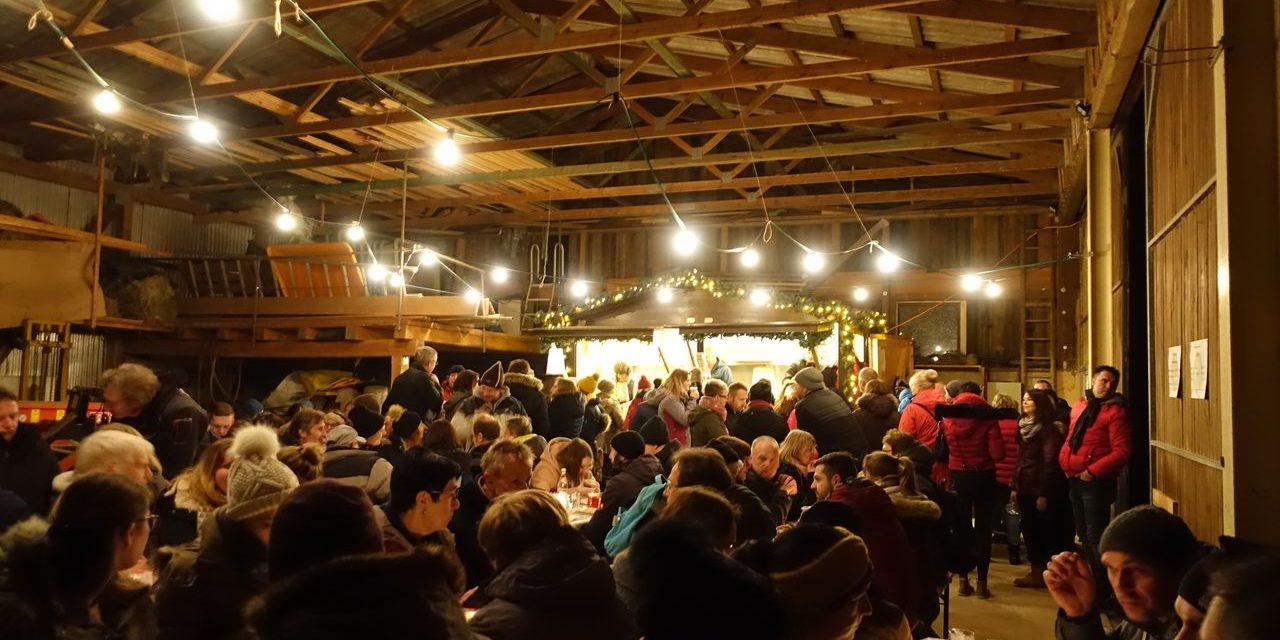 Stimmungsvolles Ambiente bei der Laudenbacher Glühweinwanderung
